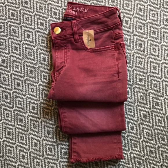 American Eagle Outfitters Denim - New✨American Eagle Burgundy Jegging Crop Size 00